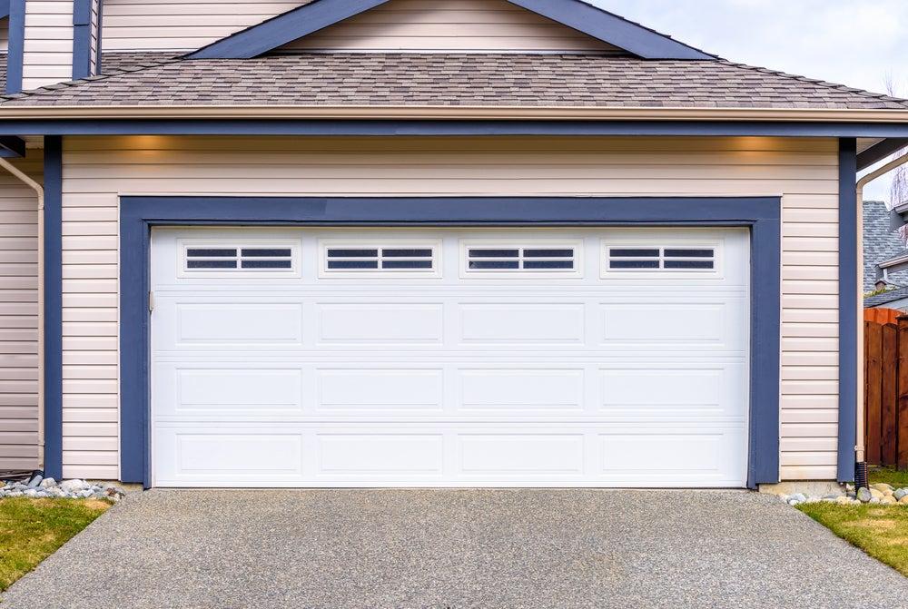 Puerta de garaje.
