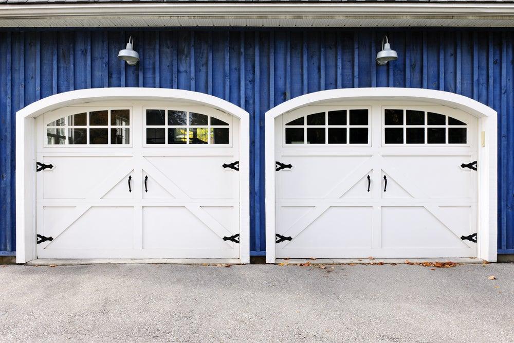 3 puertas de garaje modernas para tu casa