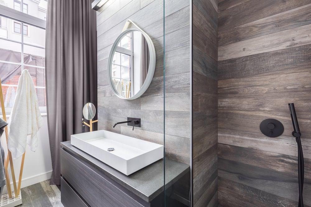 Baño íntimo dentro del dormitorio.