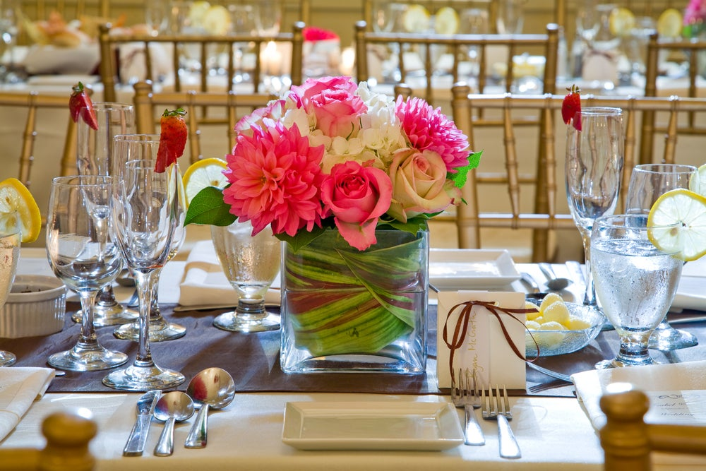 Centro de mesa de flores.