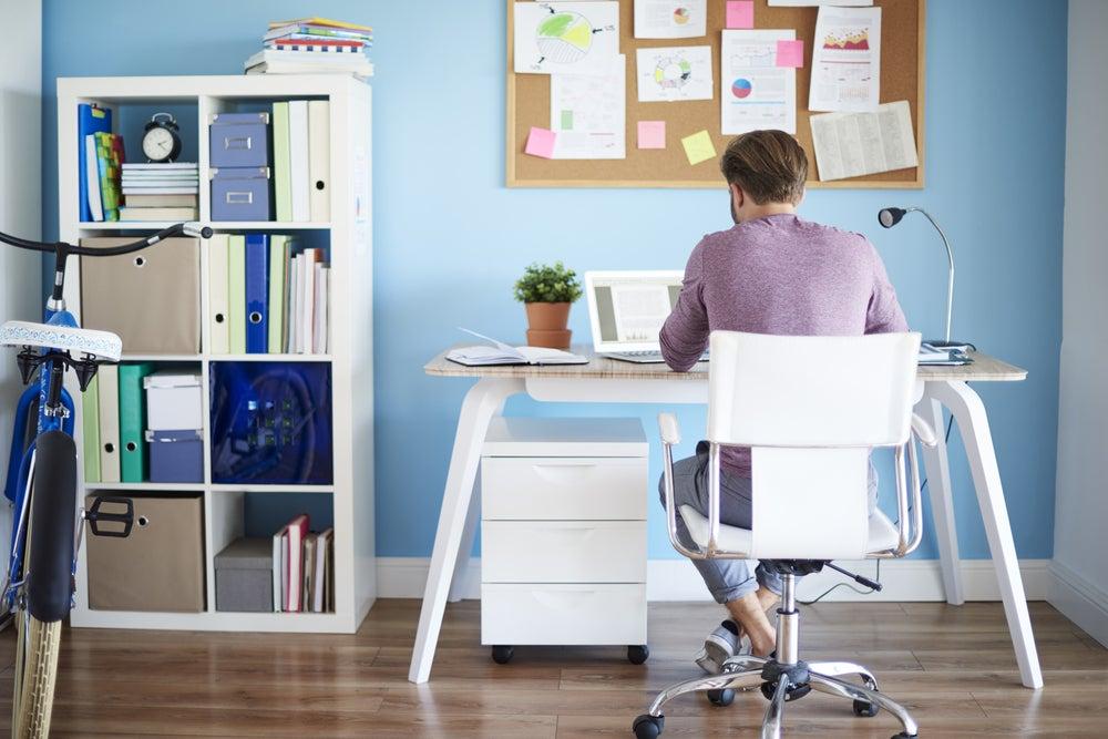 Elegir la silla perfecta para tu escritorio.