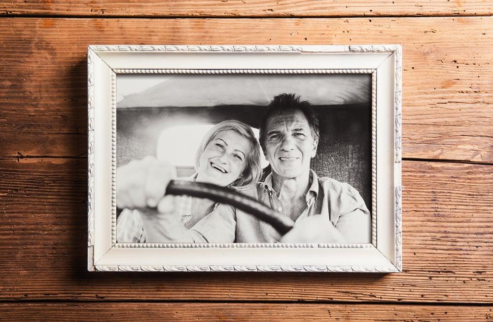 Fotos en pareja enmarcadas.