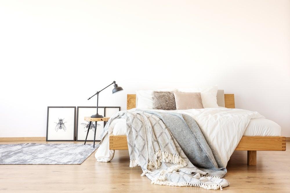 El uso de plaids: gran tendencia para decorar camas