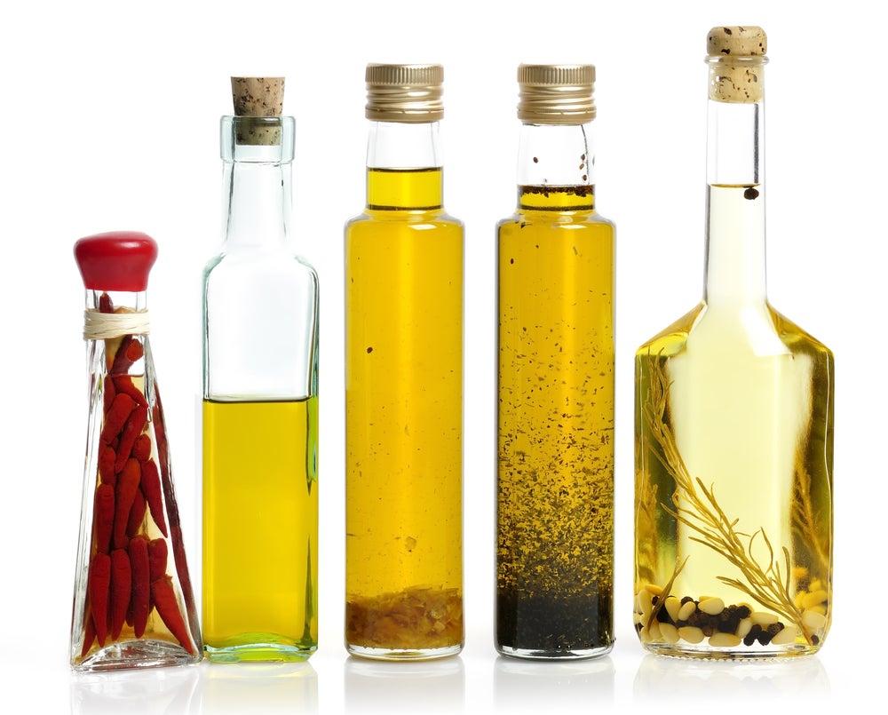 Botella de cristal para el aceite.