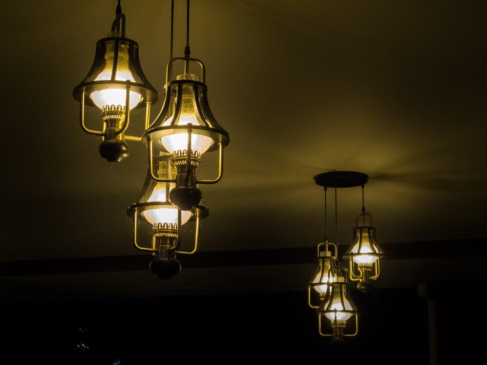 4 ideas de lámparas vintage para el salón