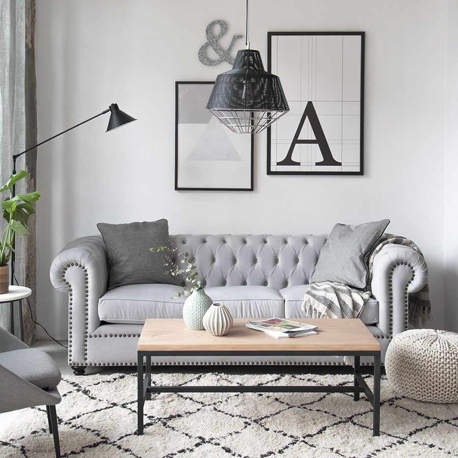 Sofá chester en gris.