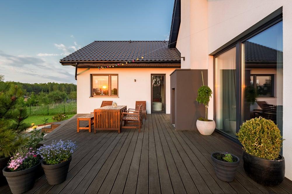 Suelo composite para terraza.