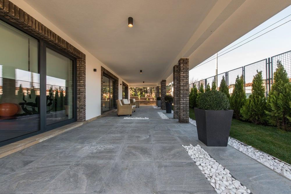 C mo elegir el suelo para la terraza mi decoraci n - Suelos terrazas exteriores ...