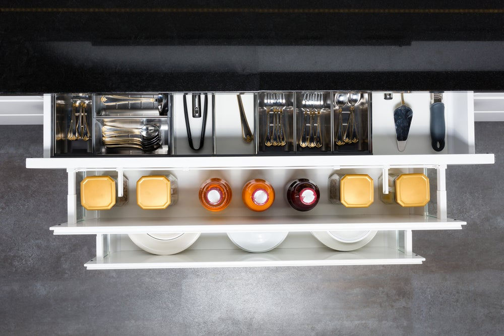 Cajón de cocina ordenado