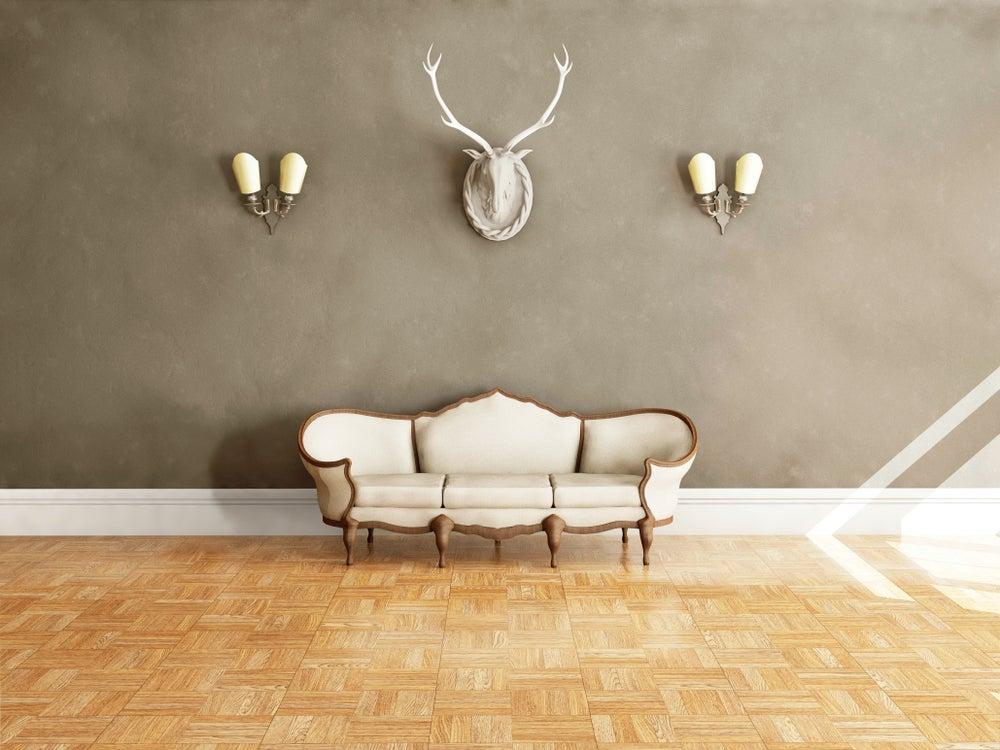 Estancia con sofá clásico color blanco