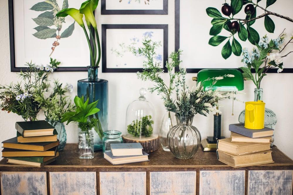 5 formas de decorar tu hogar con libros