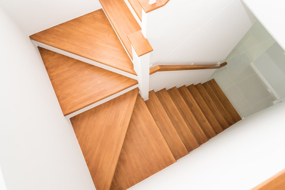 Escaleras de madera: ¿qué forma elegir?