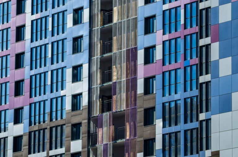 Fachadas ventiladas: razones para elegirlas