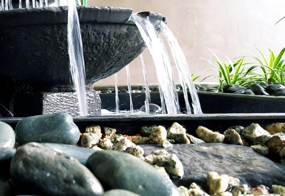 fuentes para decorar el jardín, niveles
