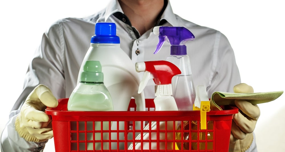 Elegir productos de limpieza del baño