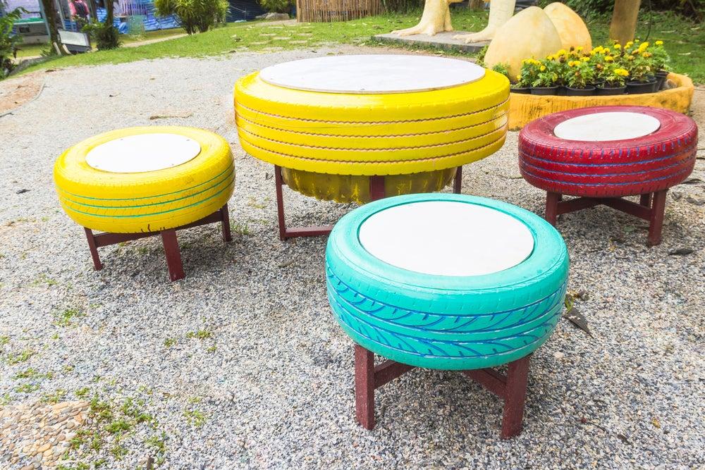 DIY con neumáticos para jardín
