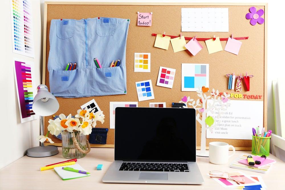 escritorio en la oficina en casa