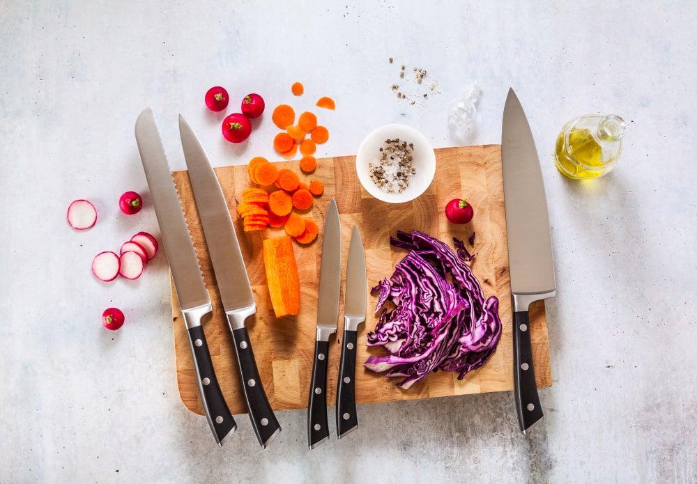 Organizar los cuchillos de la cocina