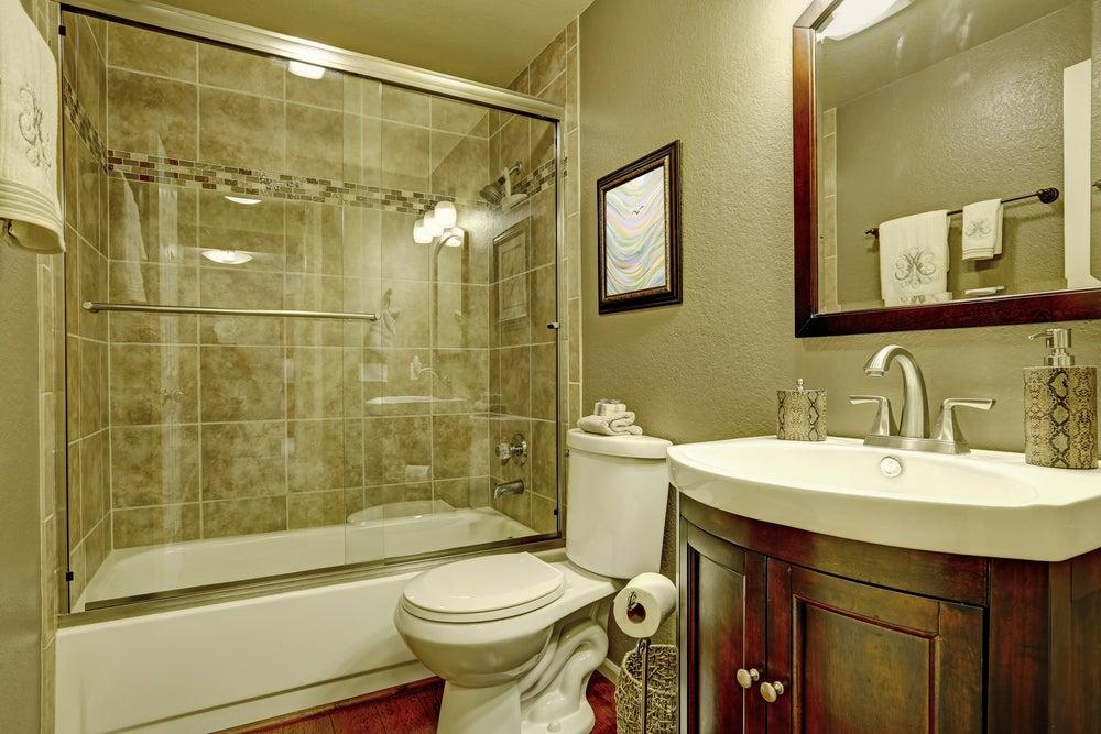 Mampara de la bañera.