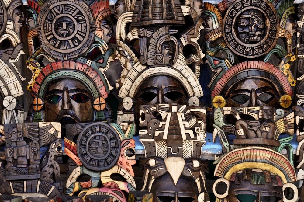 Máscaras para decorar tus paredes
