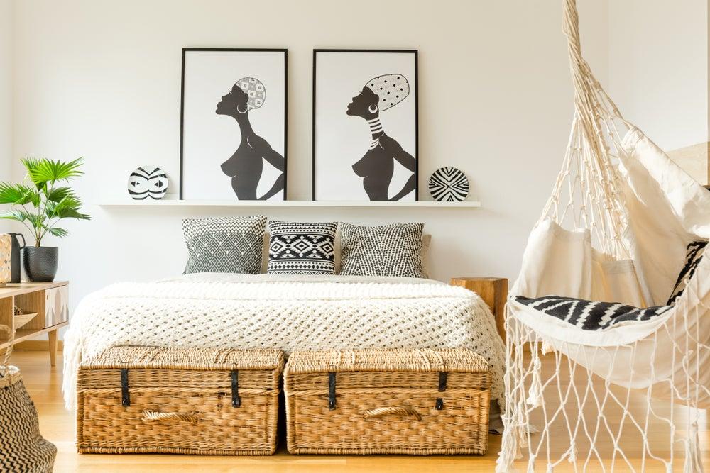 minimalismo étnico en el dormitorio
