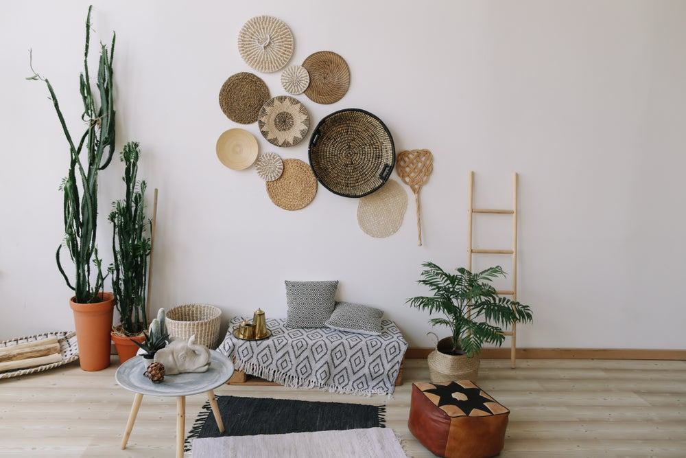 minimalismo étnico en el salón