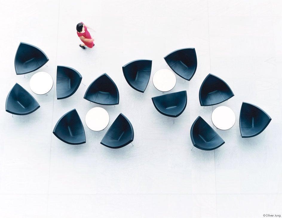 Sillas Coconut: un toque original para tus espacios