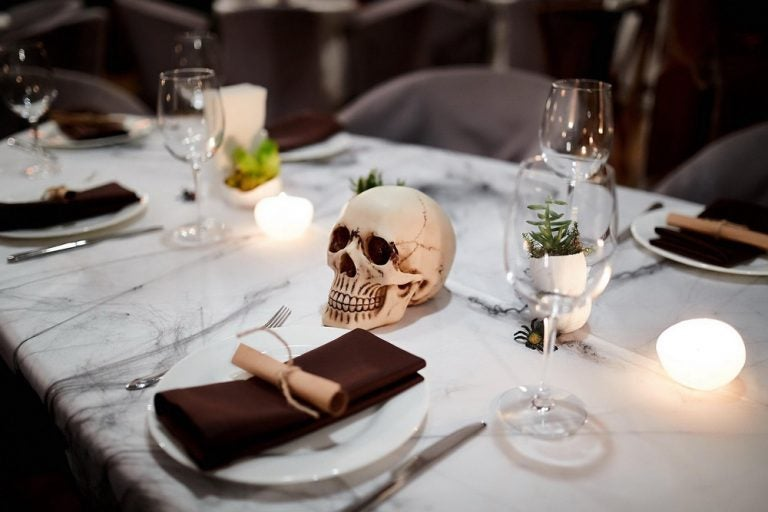 4 ideas para decorar la cocina y el comedor en Halloween