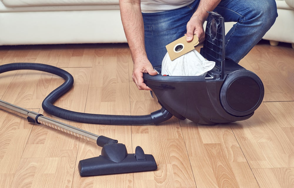 Vacuum cleaner bags can be reusable or disposable.