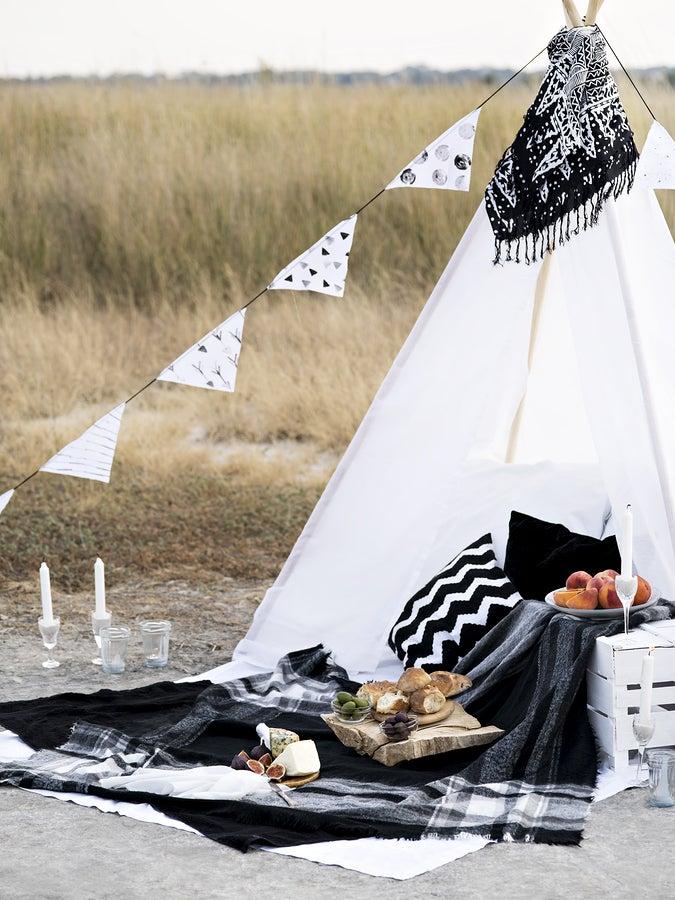 La decoración de un picnic íntimo.