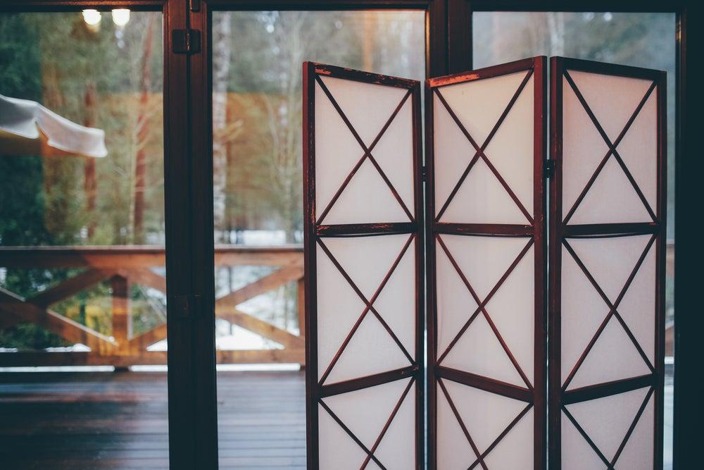 Mamparas de cristal para separar espacios