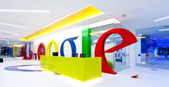 Letras de las oficinas de Google en Estados Unidos.