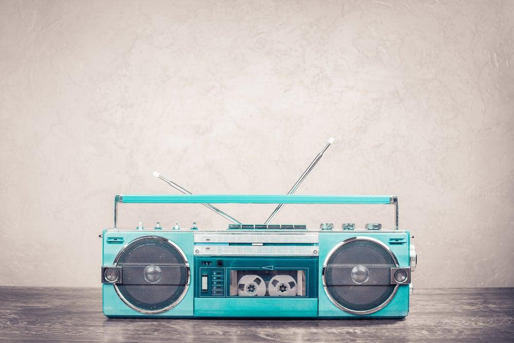 Radio cassette azul.