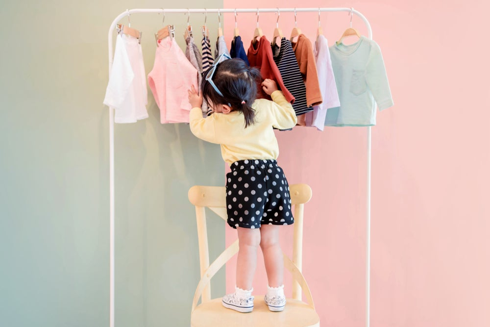 5 pasos para decorar una tienda de ropa para niños