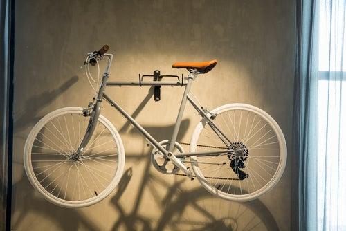 Haz un estacionamiento para bicicletas con estas 5 ideas