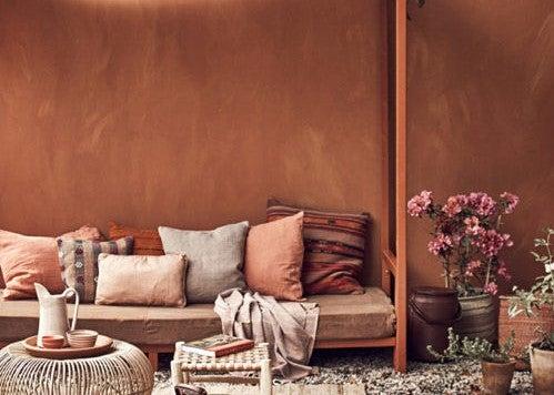 Contraste con el color teja.
