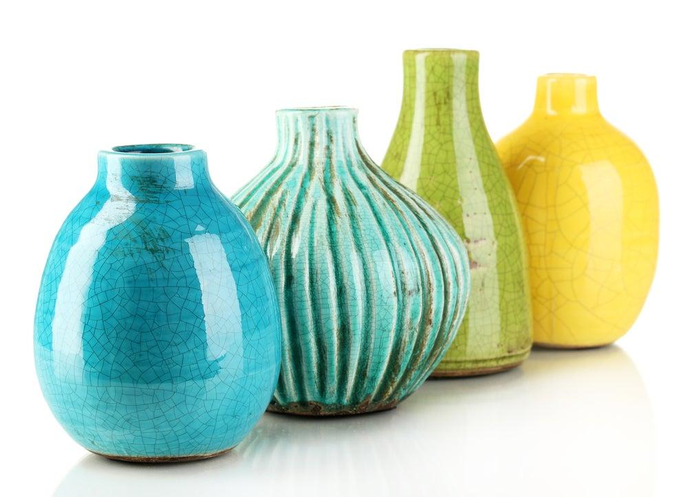 Jarrones de cerámica orgánica.
