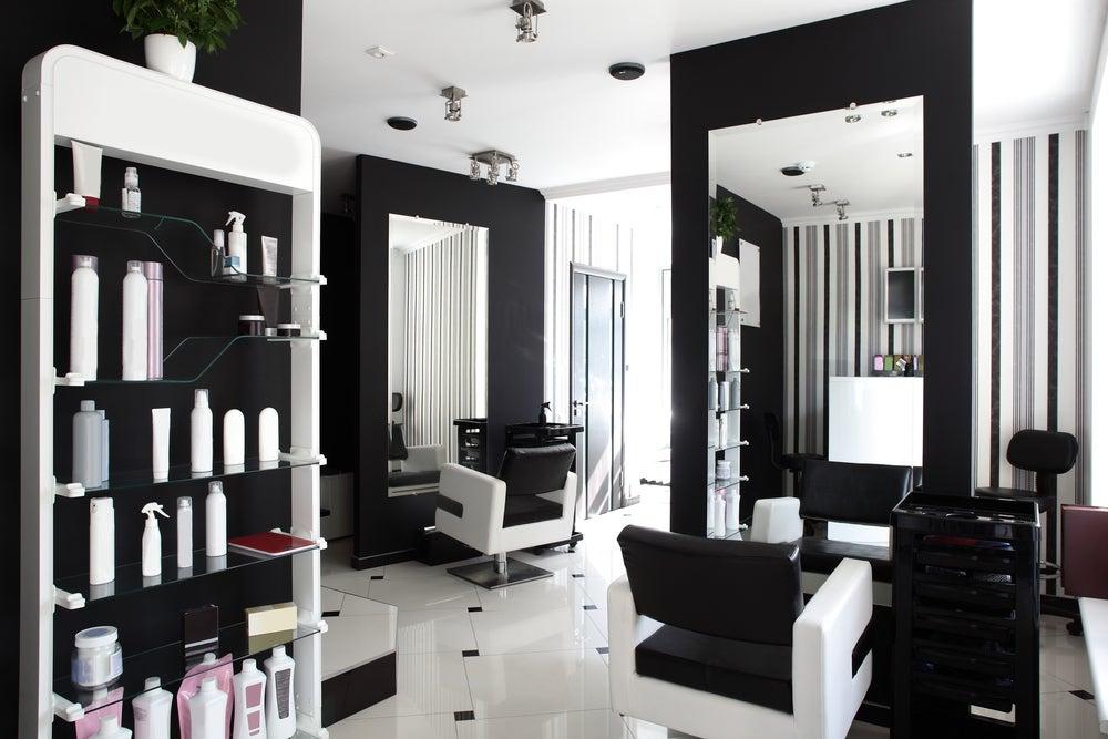 Salón de belleza mobiliario.