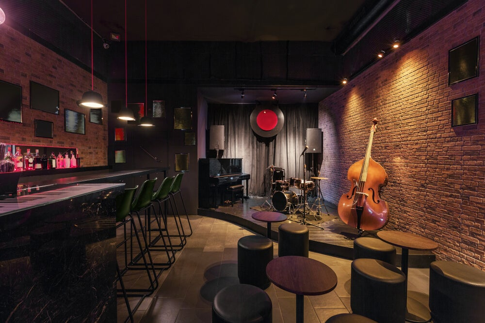 Bar de decoración jazz.