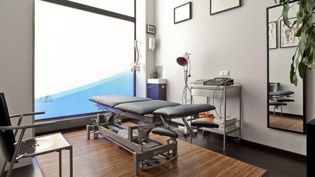 Consulta de fisioterapia.