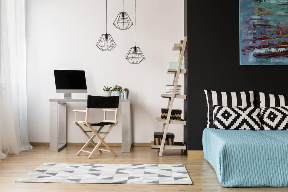 Crear una zona de estudio en una habitación.