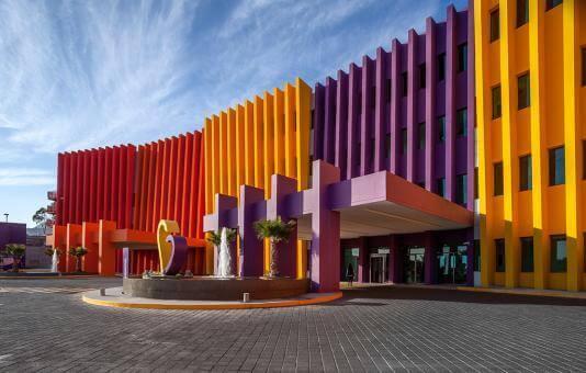 Mexican architecture: Hospital Teletón, México.