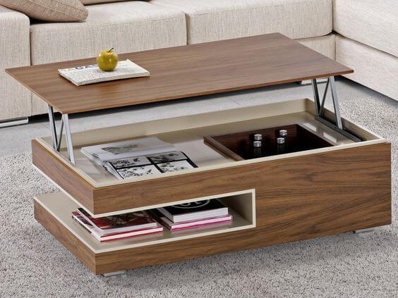 Mesa con niveles para el almacenaje.