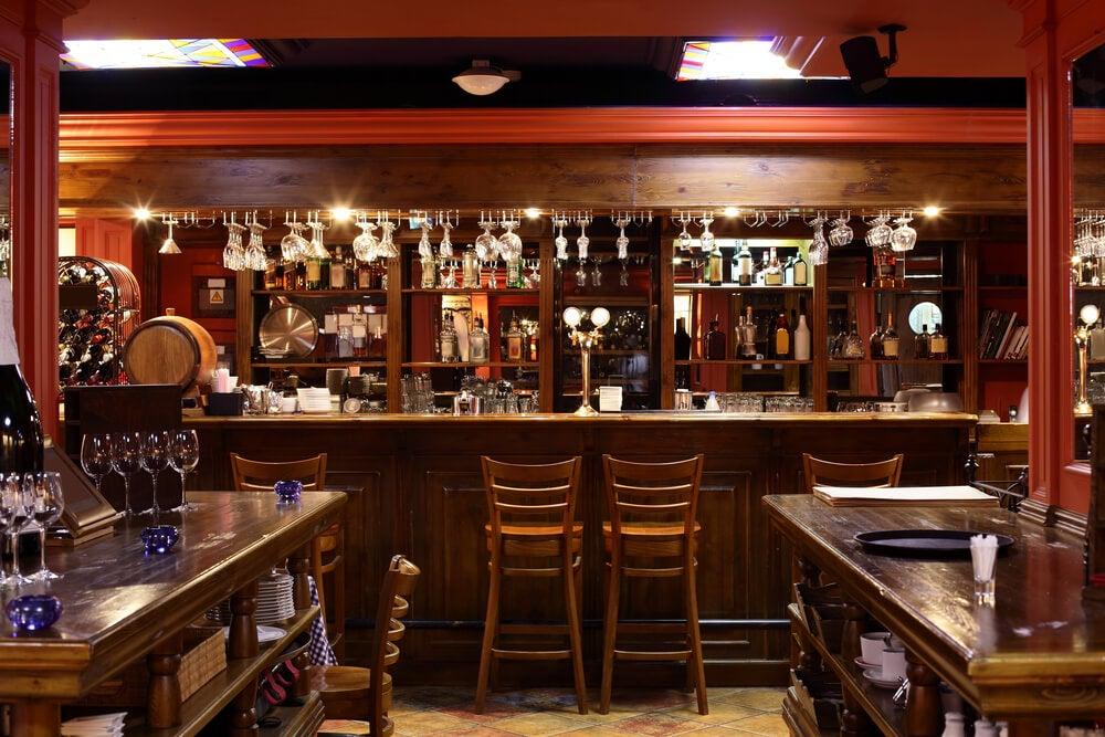 Mobiliario de un bar.