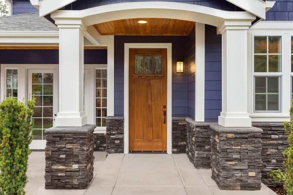 10 maneras interesantes de definir la entrada de una casa