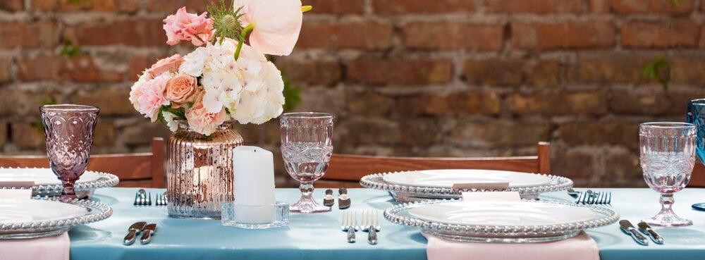 Mantel azul para mesa.