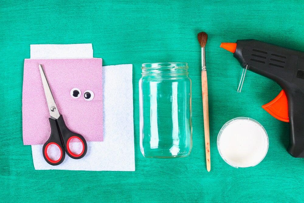 Materiales para realizar la pasta de relieve.