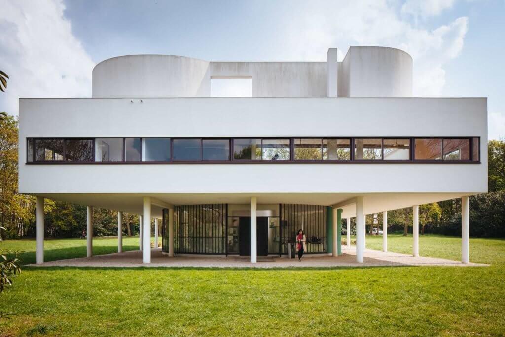 ¿Cómo es el interior de la Villa Savoye de Le Corbusier?