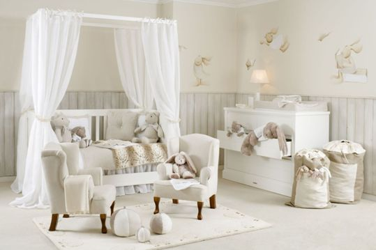 Wainscoting is perfect for children's bedrooms.