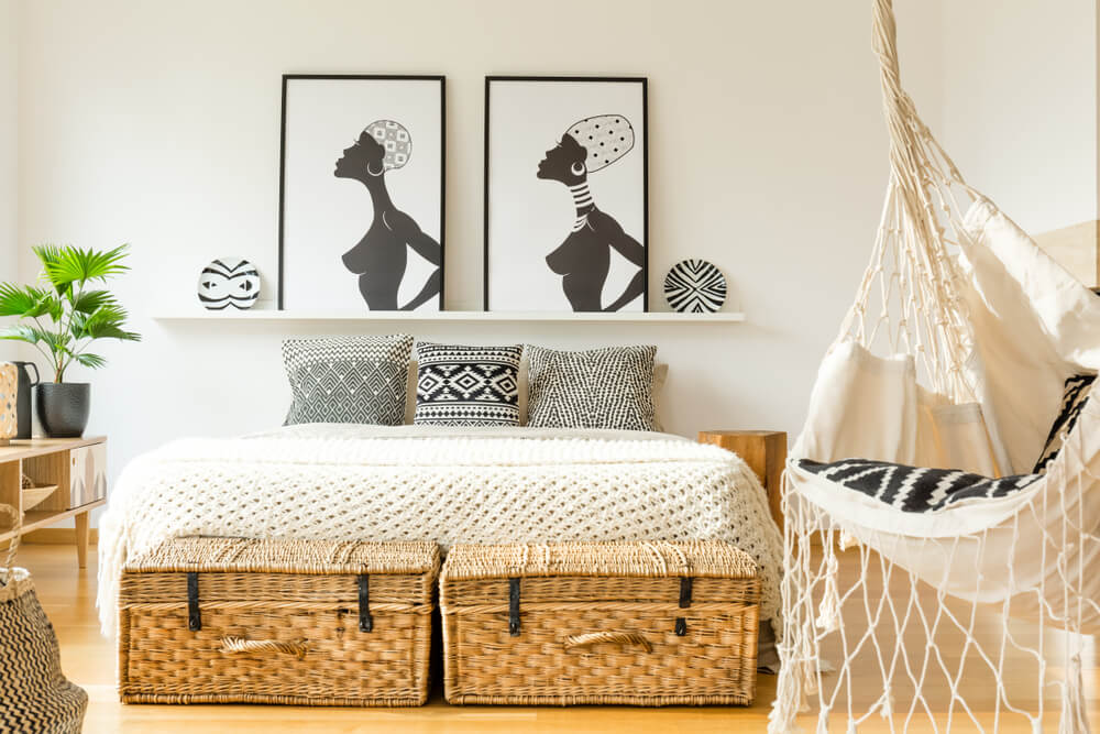 Colocar un columpio en el dormitorio.